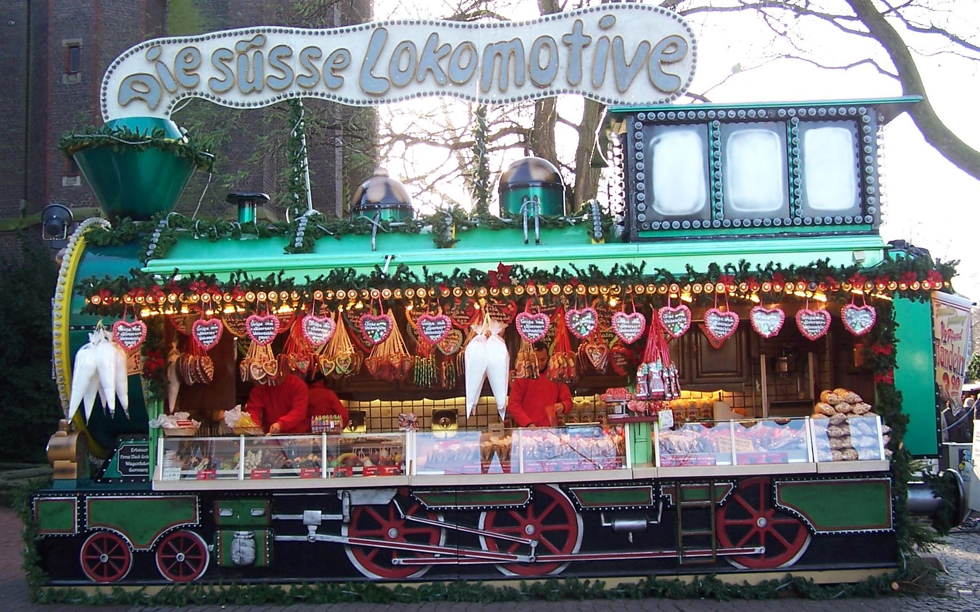 Nach 1983 stand die Süße Lokomotive erst wieder im Jahre 2008 auf einem Weihnachtsmakrt. Bild WM in Moers